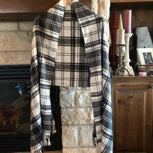 Women's Plaid Flannel Shaw